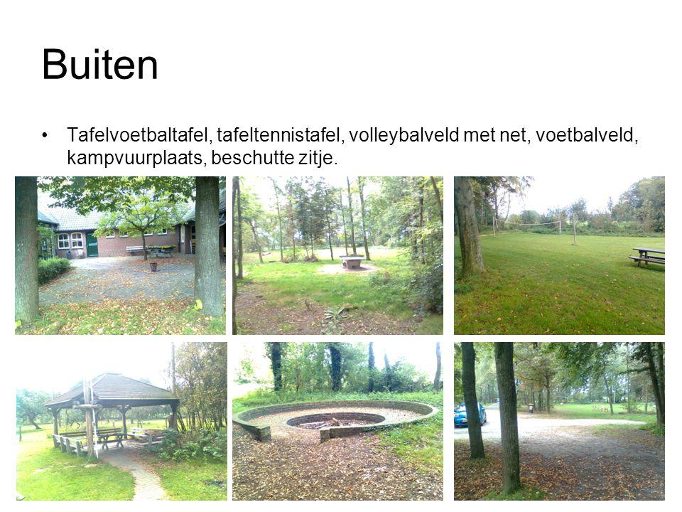 Buiten Tafelvoetbaltafel, tafeltennistafel, volleybalveld met net, voetbalveld, kampvuurplaats, beschutte zitje.