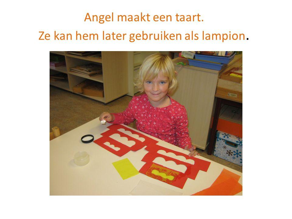 Angel maakt een taart. Ze kan hem later gebruiken als lampion.
