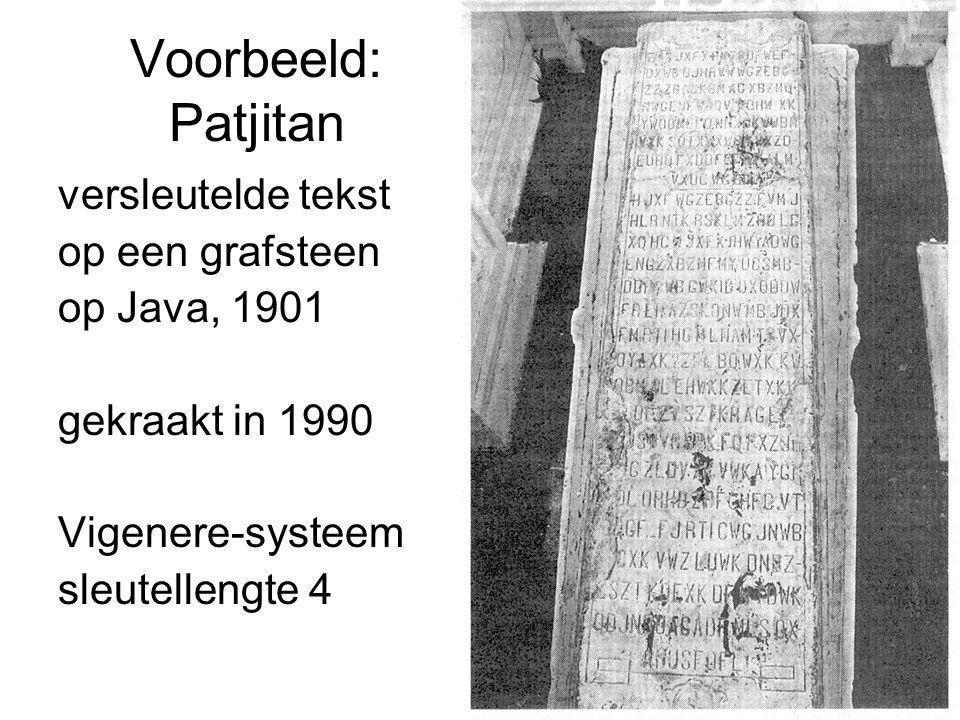 Voorbeeld: Patjitan versleutelde tekst op een grafsteen op Java, 1901