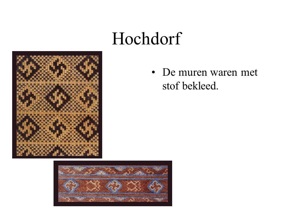 Hochdorf De muren waren met stof bekleed.