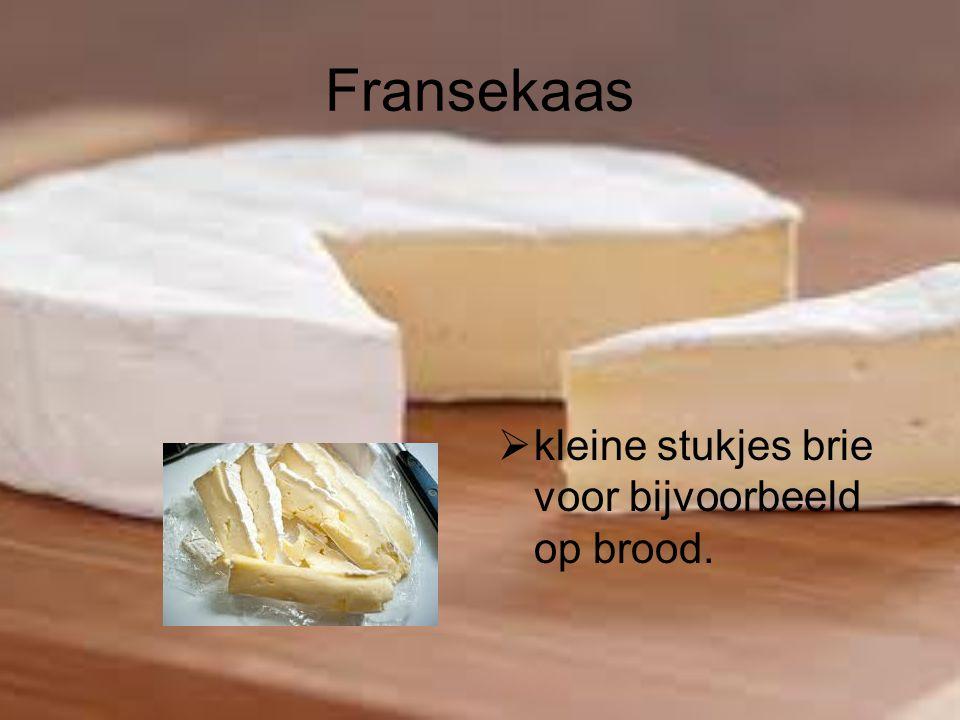 Fransekaas kleine stukjes brie voor bijvoorbeeld op brood.