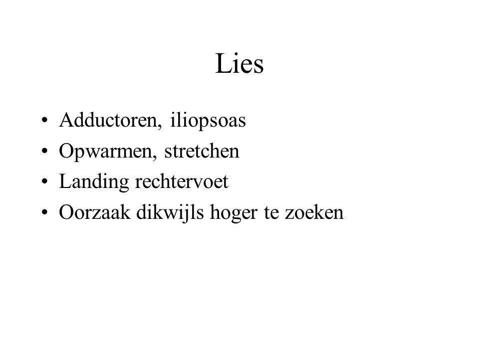 Lies Adductoren, iliopsoas Opwarmen, stretchen Landing rechtervoet