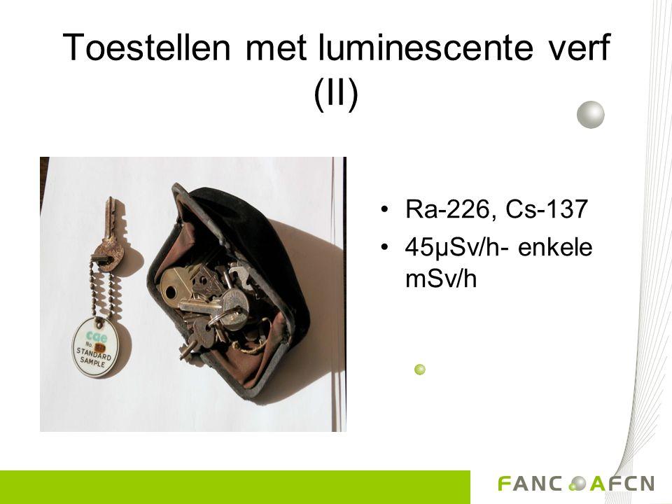 Toestellen met luminescente verf (II)