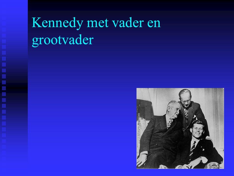 Kennedy met vader en grootvader