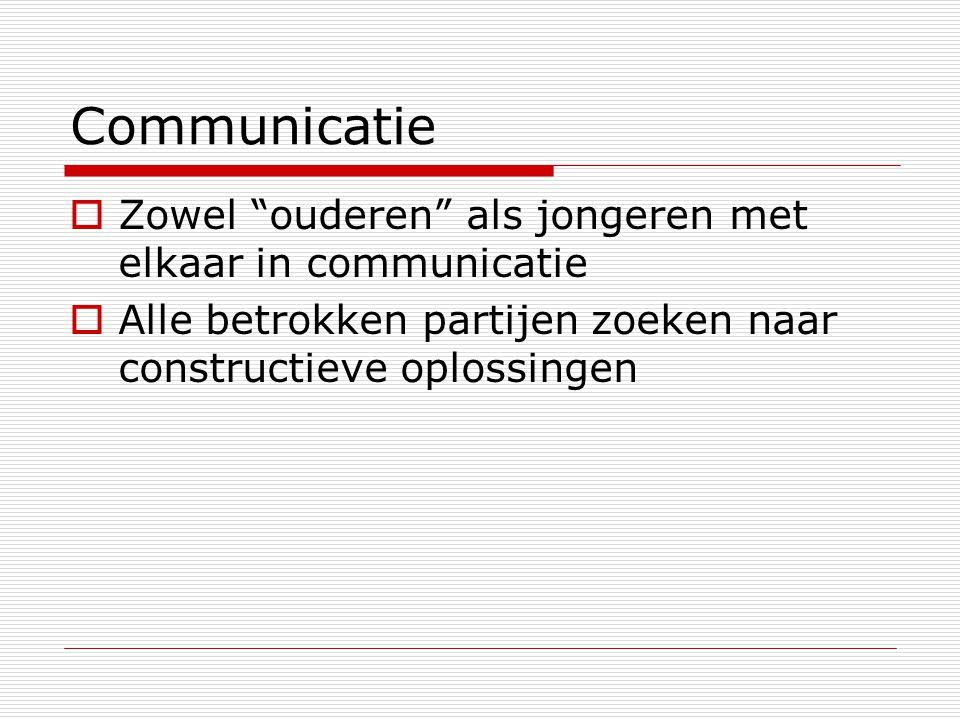 Communicatie Zowel ouderen als jongeren met elkaar in communicatie