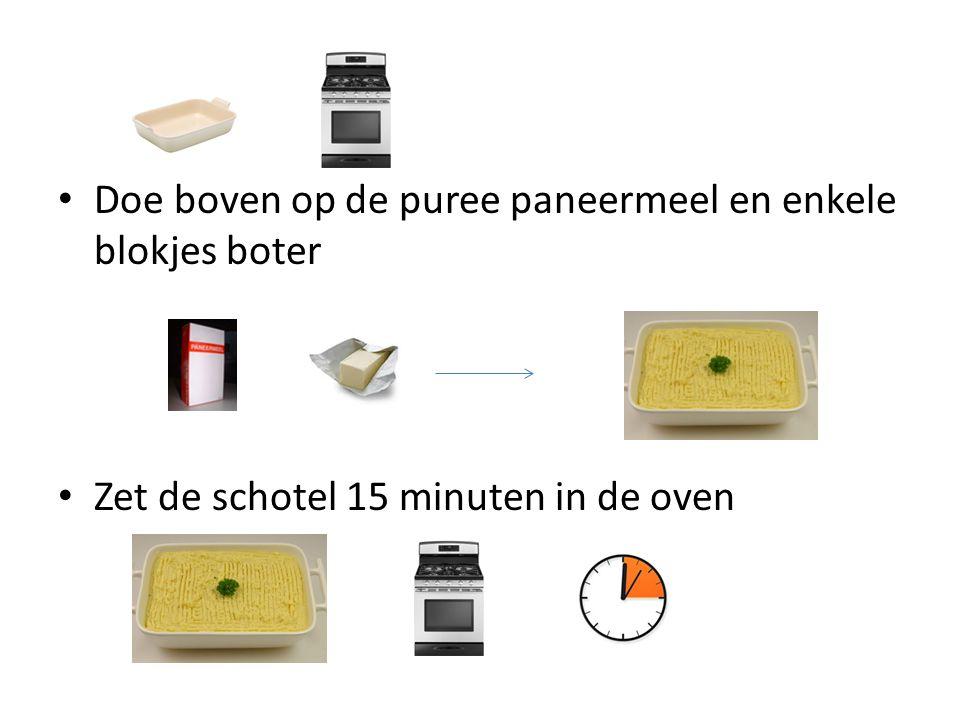 Doe boven op de puree paneermeel en enkele blokjes boter