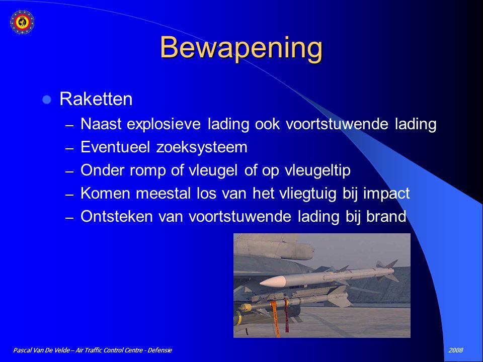 Bewapening Raketten Naast explosieve lading ook voortstuwende lading