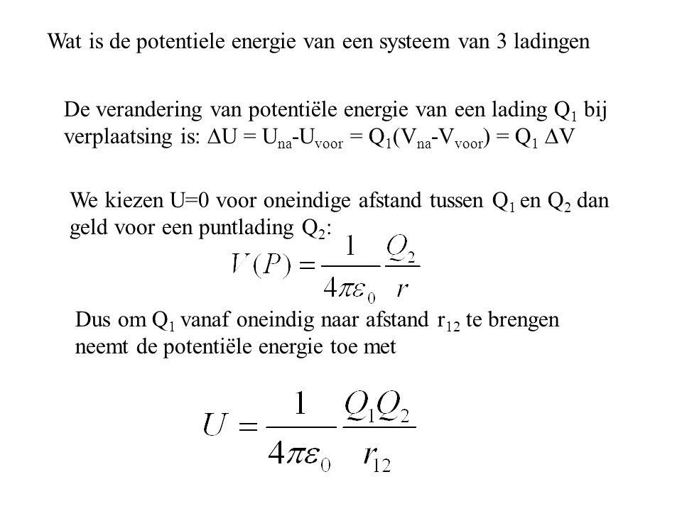 Wat is de potentiele energie van een systeem van 3 ladingen
