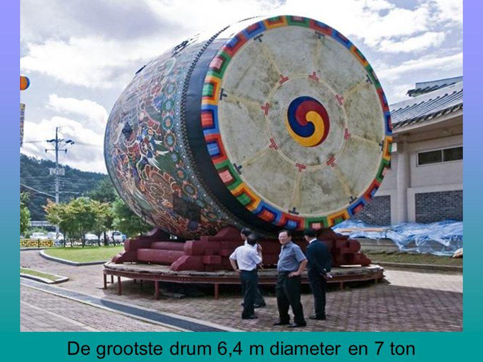 De grootste drum 6,4 m diameter en 7 ton