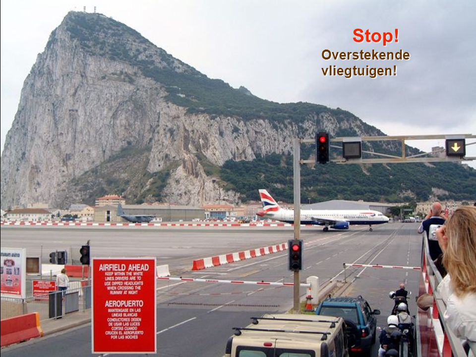 Stop! Overstekende vliegtuigen!