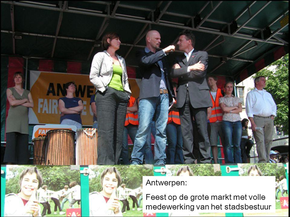 Antwerpen: Feest op de grote markt met volle medewerking van het stadsbestuur