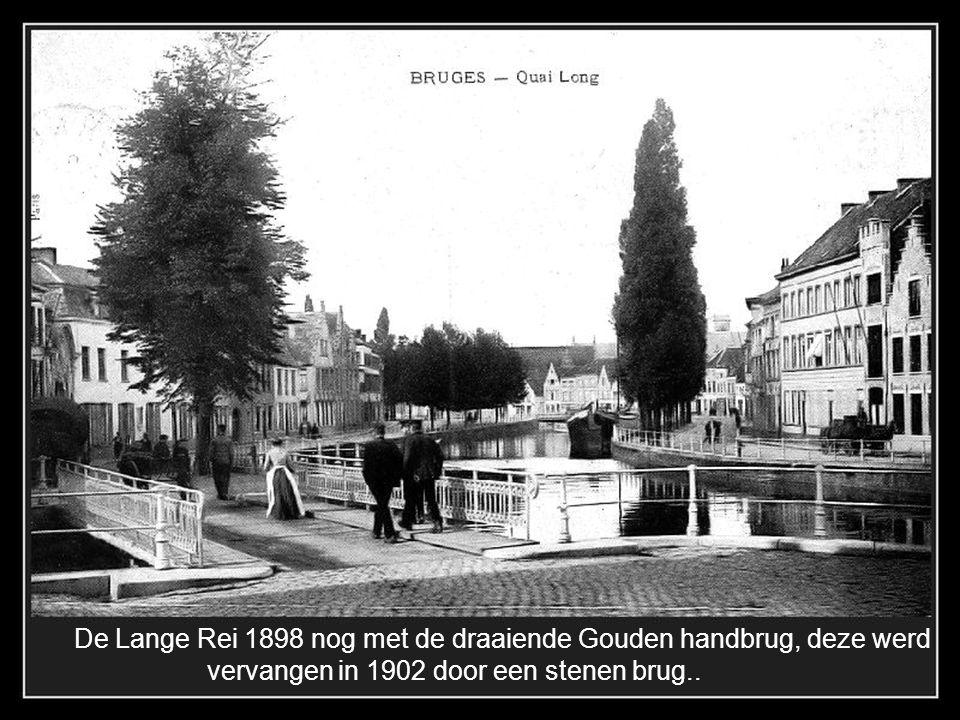 De Lange Rei 1898 nog met de draaiende Gouden handbrug, deze werd