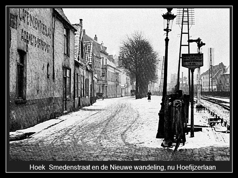 Hoek Smedenstraat en de Nieuwe wandeling, nu Hoefijzerlaan