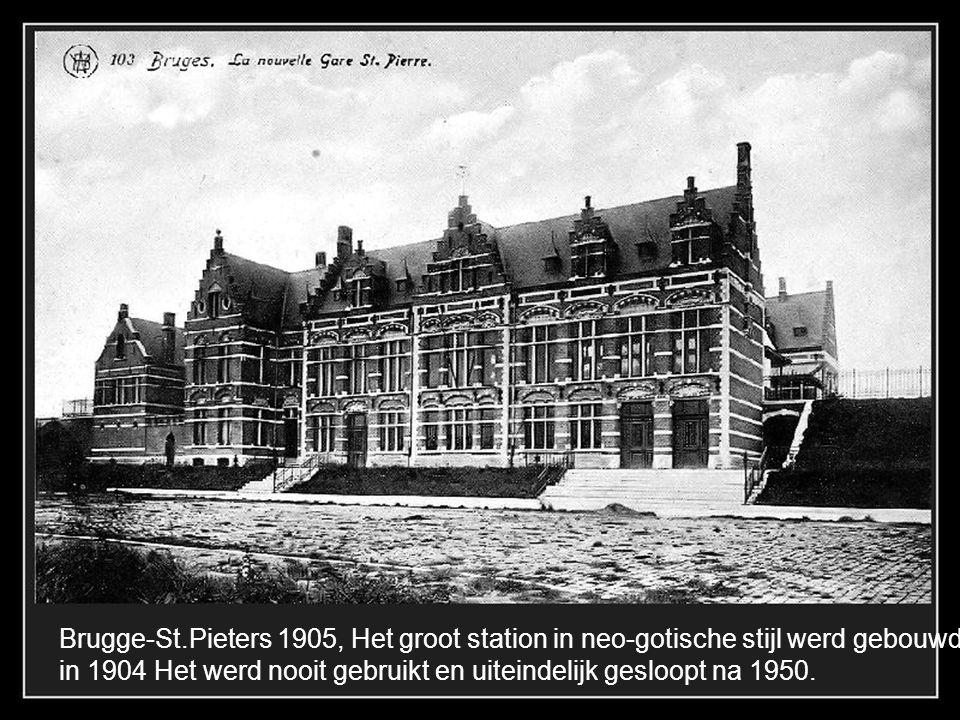 Brugge-St.Pieters 1905, Het groot station in neo-gotische stijl werd gebouwd