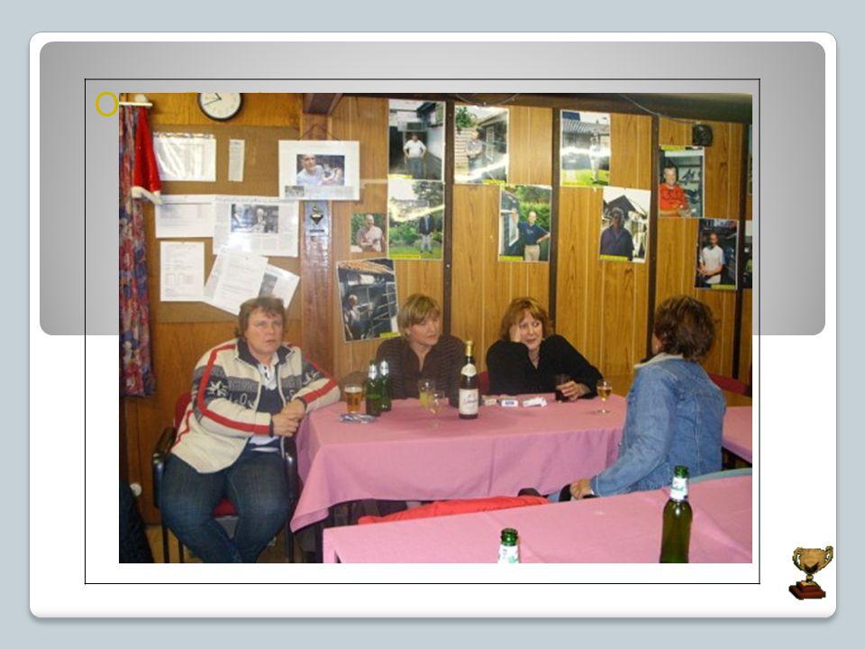 Onze Bar dames. Eline Berdien Stefan Leon