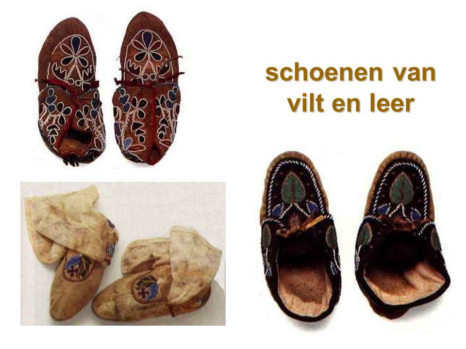 schoenen van vilt en leer