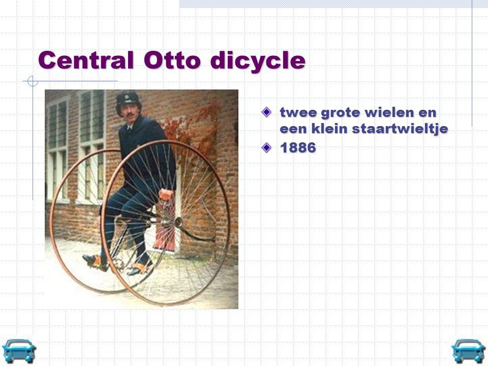 Central Otto dicycle twee grote wielen en een klein staartwieltje 1886