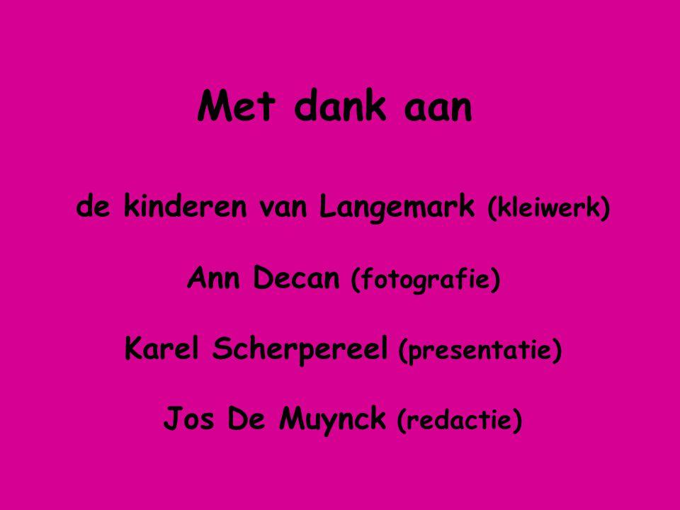 Met dank aan de kinderen van Langemark (kleiwerk)