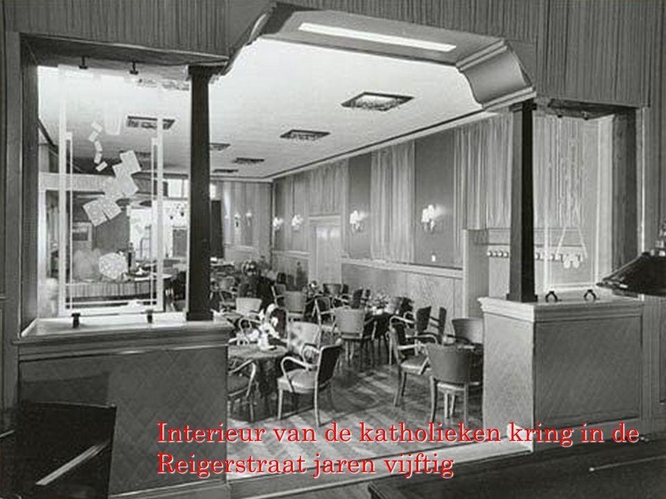 Interieur van de katholieken kring in de Reigerstraat jaren vijftig