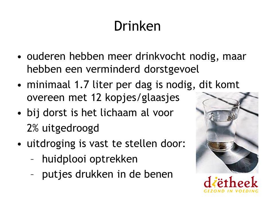 Drinken ouderen hebben meer drinkvocht nodig, maar hebben een verminderd dorstgevoel.