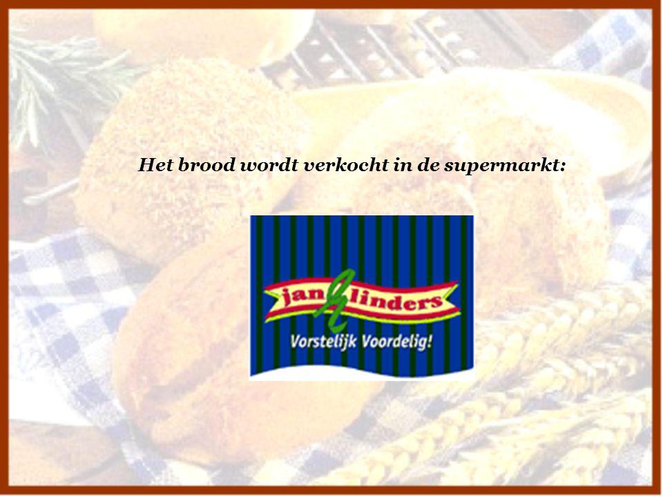 Het brood wordt verkocht in de supermarkt: