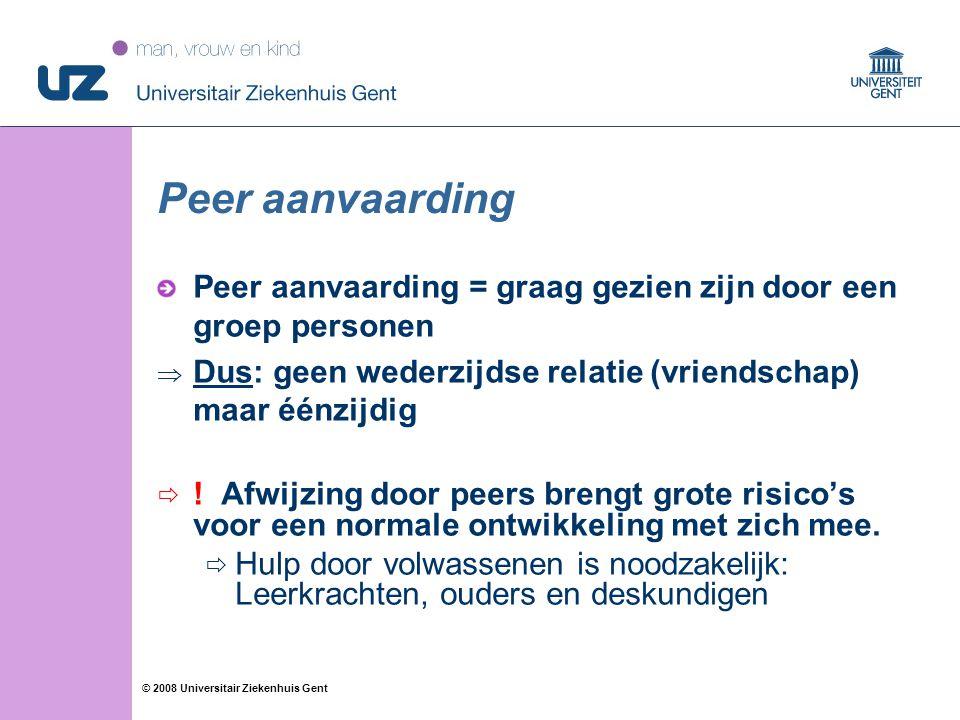 Peer aanvaarding Peer aanvaarding = graag gezien zijn door een groep personen. Dus: geen wederzijdse relatie (vriendschap) maar éénzijdig.