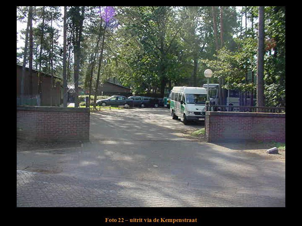 Foto 22 – uitrit via de Kempenstraat
