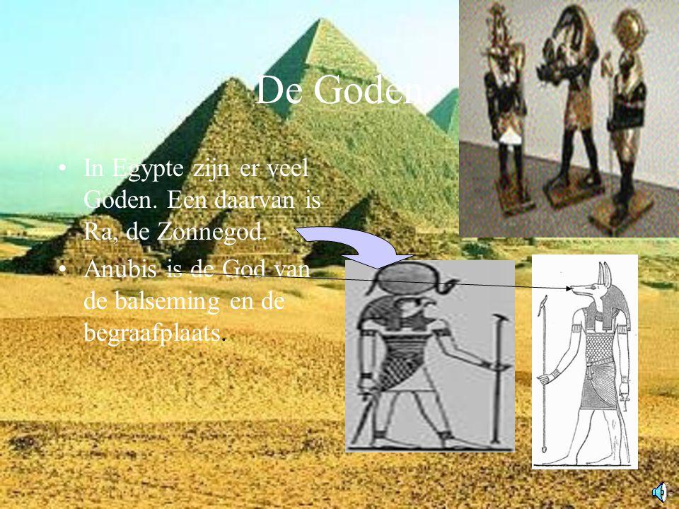 De Goden In Egypte zijn er veel Goden. Een daarvan is Ra, de Zonnegod.