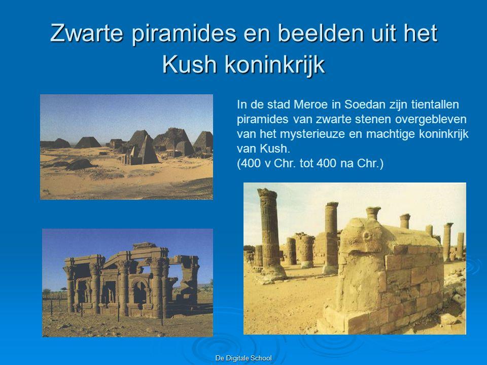 Zwarte piramides en beelden uit het Kush koninkrijk