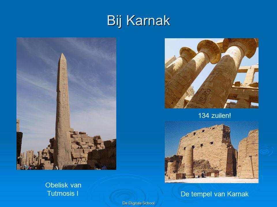 Bij Karnak 134 zuilen! Obelisk van Tutmosis l De tempel van Karnak