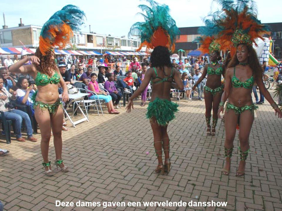 Deze dames gaven een wervelende dansshow