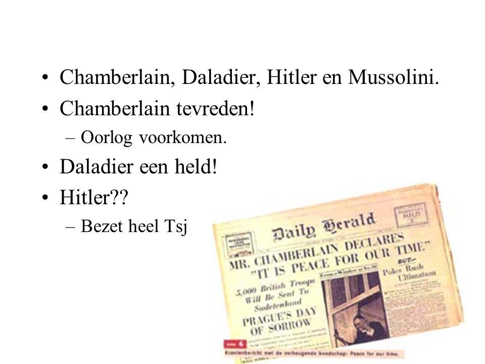 Chamberlain, Daladier, Hitler en Mussolini. Chamberlain tevreden!