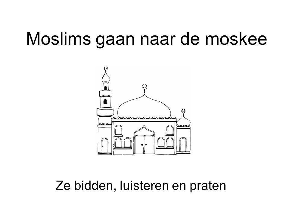 Moslims gaan naar de moskee