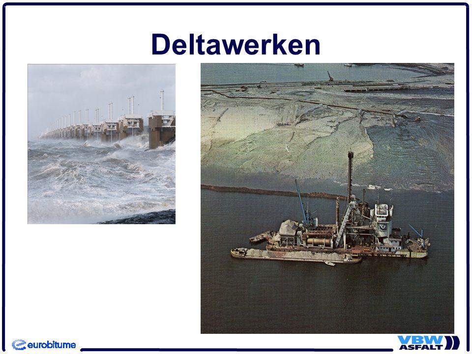 Deltawerken Rechtsboven asfaltschip Jan Heijmans. (Van Bitumarin dochterbedrijf) 10
