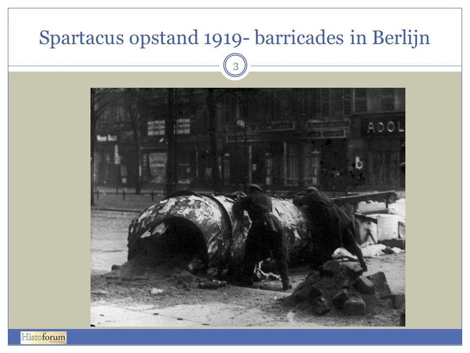 Spartacus opstand 1919- barricades in Berlijn