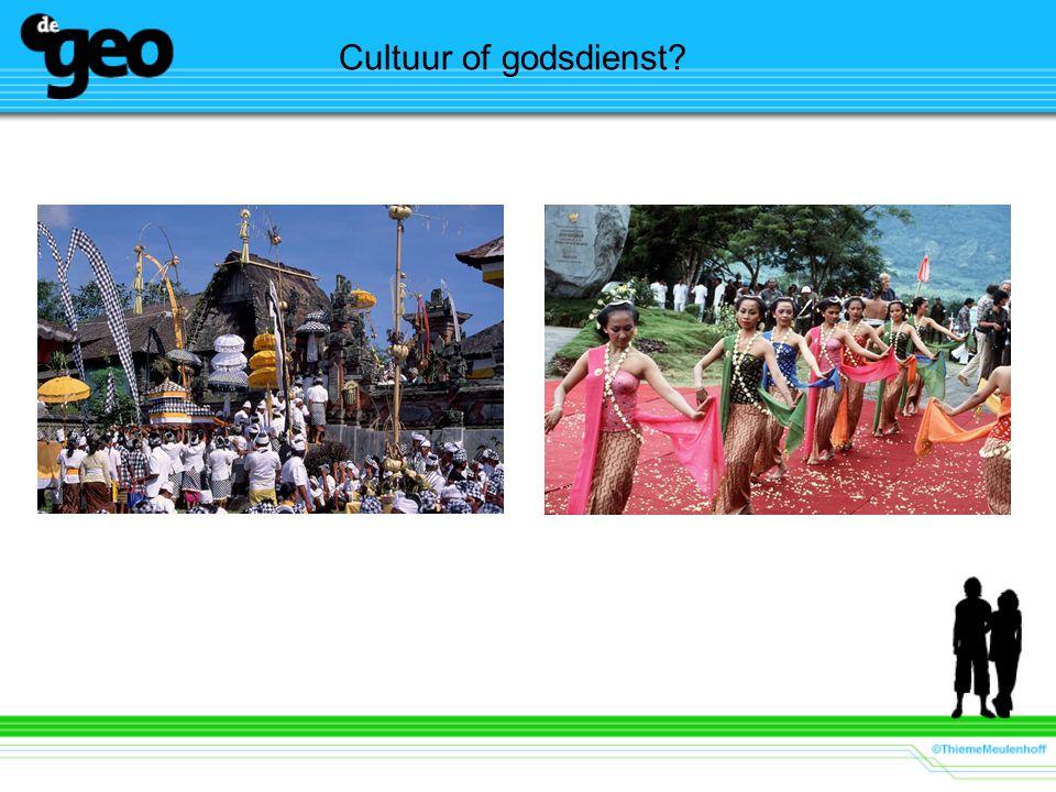 Cultuur of godsdienst Links: een hindoeistisch feest,