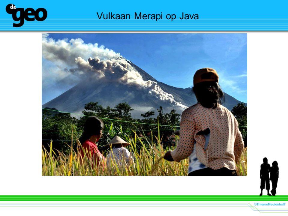 Vulkaan Merapi op Java Docent: