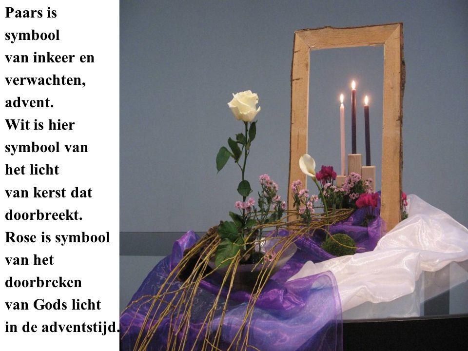 Paars is symbool. van inkeer en. verwachten, advent. Wit is hier. symbool van. het licht. van kerst dat.