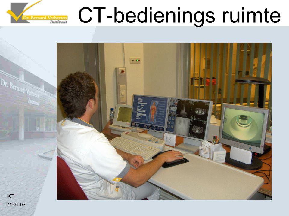 CT-bedienings ruimte Verlaten de ruimte en de scan kan gemaakt worden