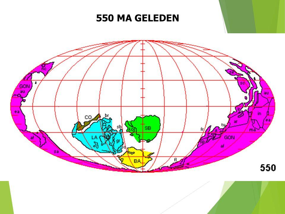 550 MA GELEDEN Paleogeografische situatie 550 Ma geleden (naar S. Dutch). 23