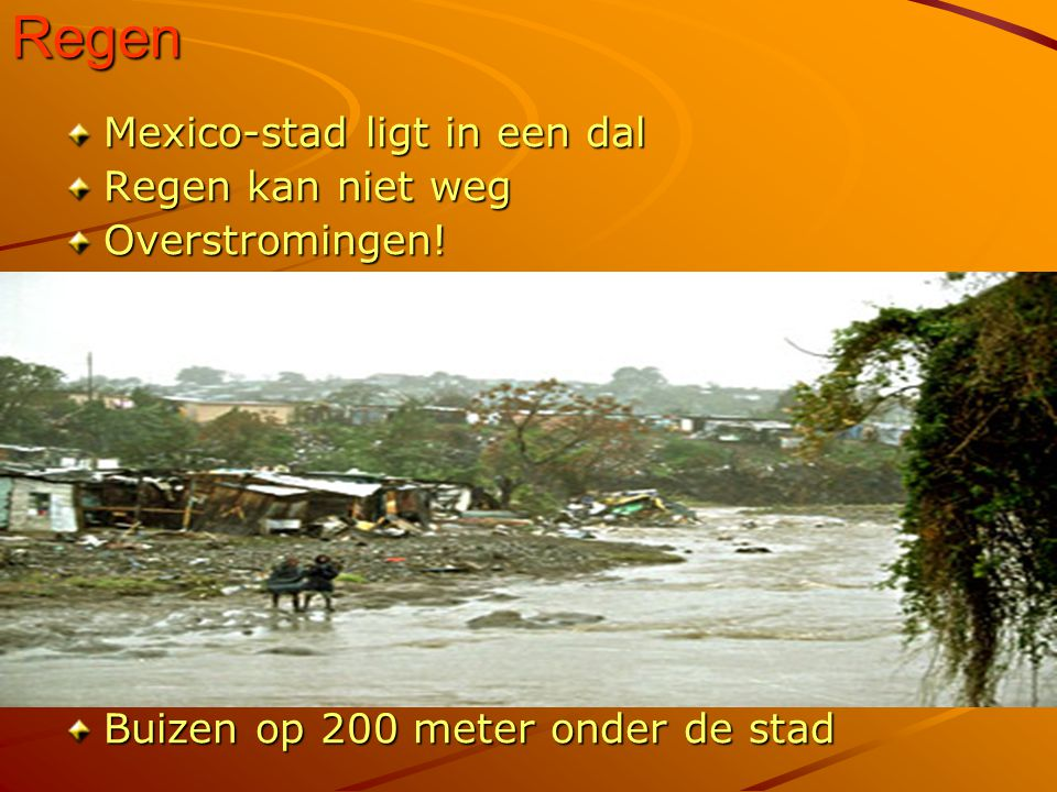 Regen Mexico-stad ligt in een dal Regen kan niet weg Overstromingen!