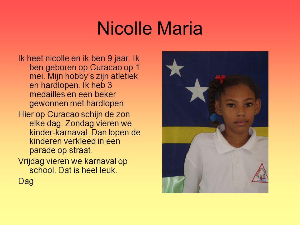 Nicolle Maria