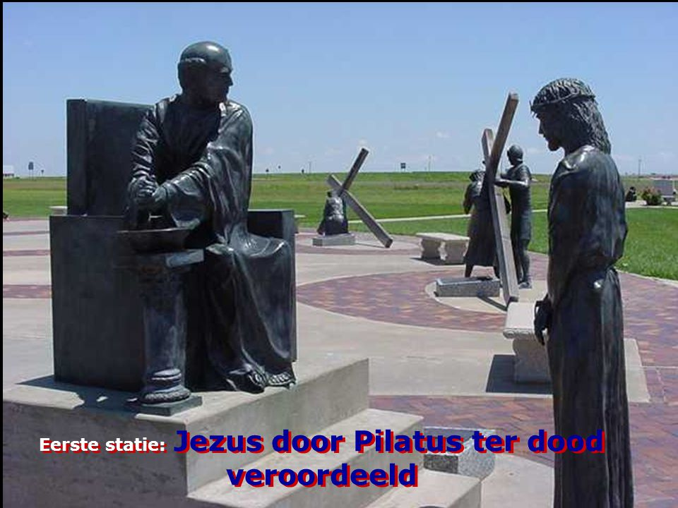Eerste statie: Jezus door Pilatus ter dood veroordeeld