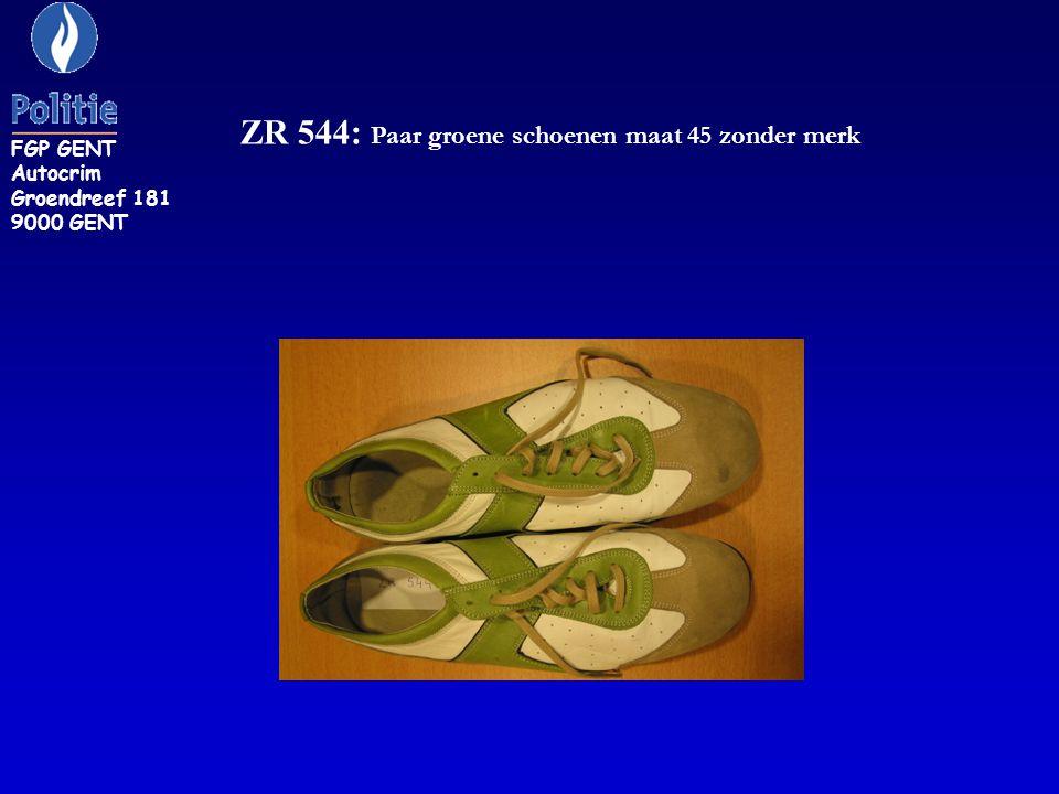 ZR 544: Paar groene schoenen maat 45 zonder merk