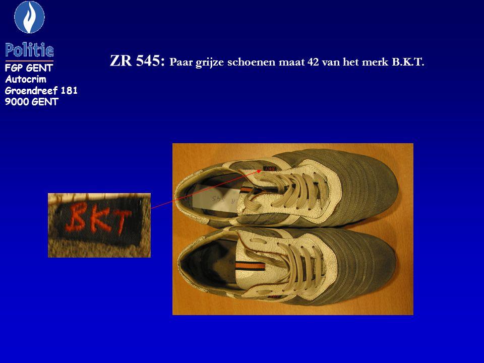 ZR 545: Paar grijze schoenen maat 42 van het merk B.K.T.