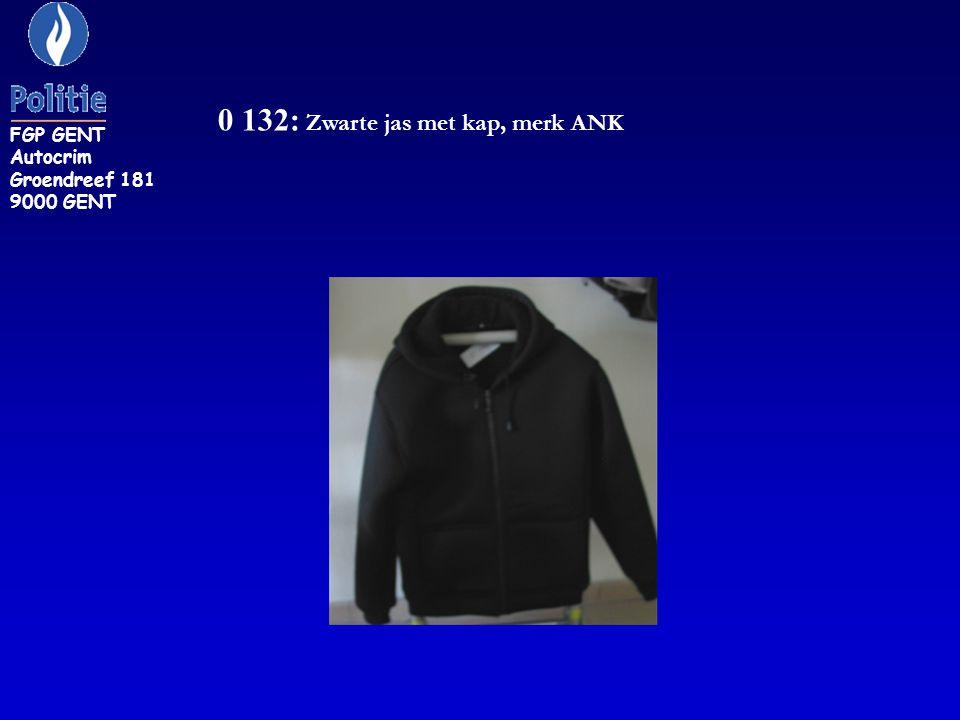 0 132: Zwarte jas met kap, merk ANK