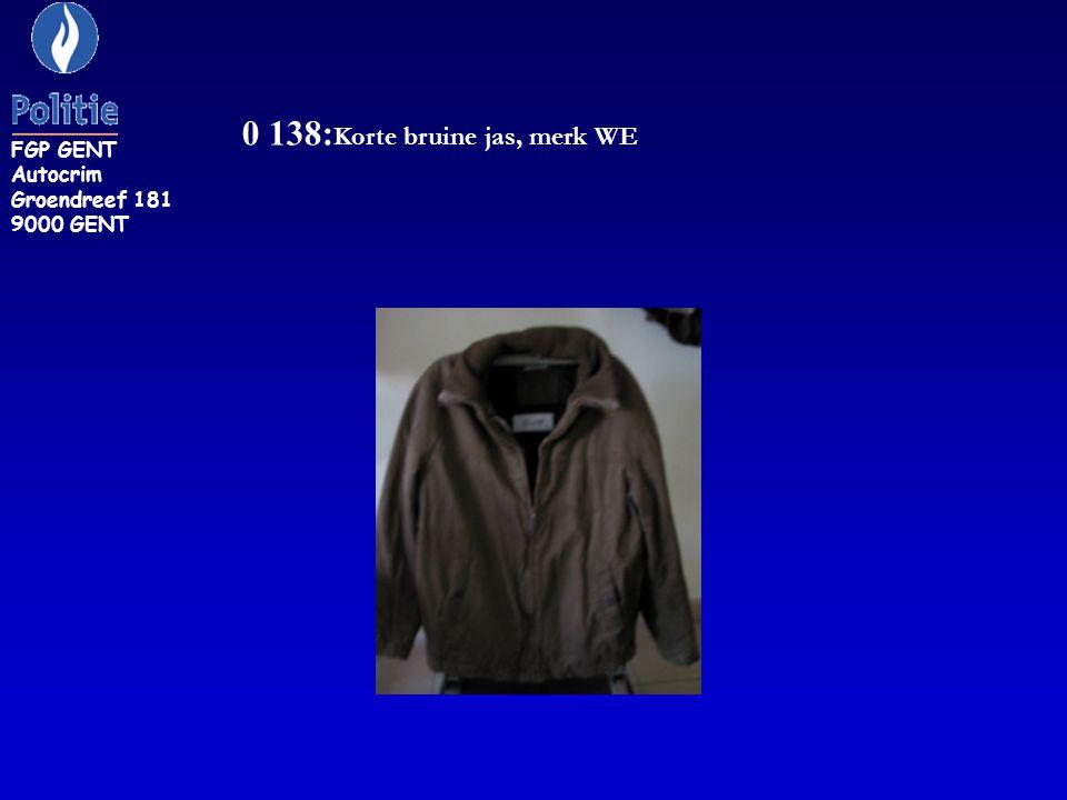 0 138:Korte bruine jas, merk WE