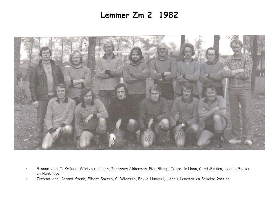 Lemmer Zm 2 1982 Staand vlnr: J. Krijnen, Wietze de Haan, Johannes Akkerman, Pier Slump, Jetze de Haan, G. vd Meulen, Hennie Soeten en Henk Klos.