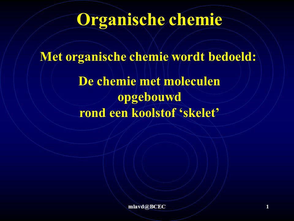 De chemie met moleculen opgebouwd rond een koolstof 'skelet'