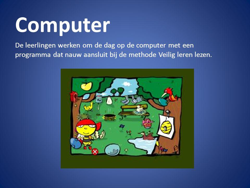 Computer De leerlingen werken om de dag op de computer met een programma dat nauw aansluit bij de methode Veilig leren lezen.